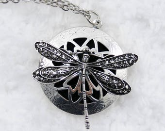 Beautiful dragonfly diffuser necklace
