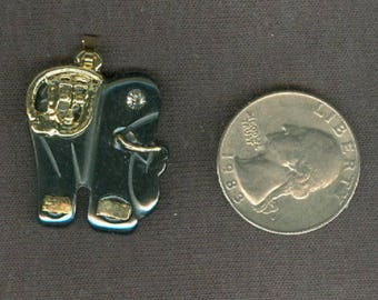 26x24mm Hemalyke / Man-Made Hematite Elephant Pendant ~ FREE SHIPPING ~ NEW