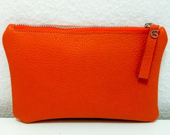 Leather clutch in orange