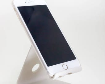 3D Printed Phone Charging Desk Stand