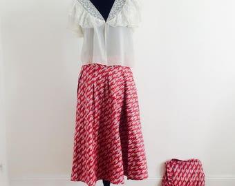 Pleated skirt / matching bag