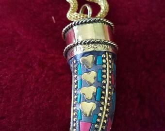Tibetan vintage tooth Gypsy turquoise stud Pendant handmade