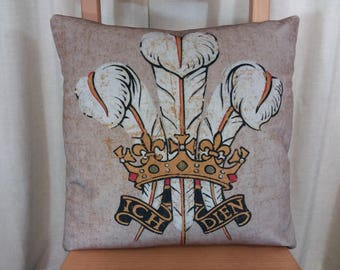 Prince of wales cushion, 3 feathers cushion, vintage welsh cushion, Welsh feathers  pillow,