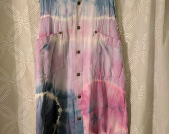 Vintage style tiedye cut off shirt