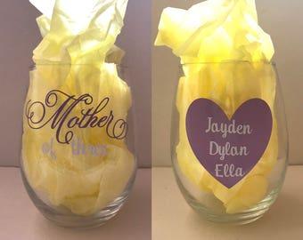 Custom Mother's Day Wine Glasss