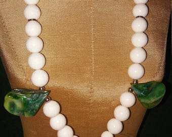 Turtle lover's will love this necklace and earring set.