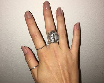 Gray Jingle Shell Wrapped Wire Band Ring