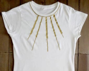 artistic t-shirt | hand-dyed | handpainted | Woman t-shirt | necklace t-shirt