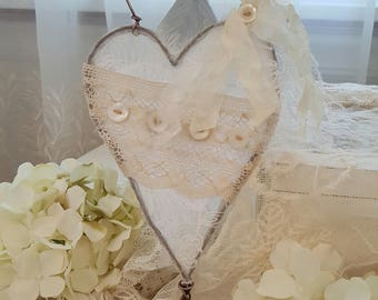 Romantic Shabby Heart Hanger