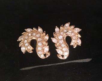 Avon Vintage Jewelry Earrings