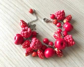 Bracelet with red fruit