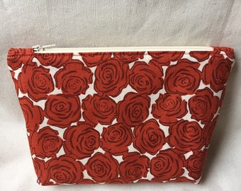 Red Roses Zippered Pouch / Cosmetic Bag