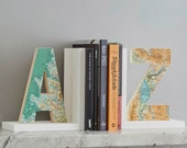 Map letter Bookend - Map home decor - anniversary gift - wedding gift - book lovers gift - personalised map gift - modern bookend - map gift