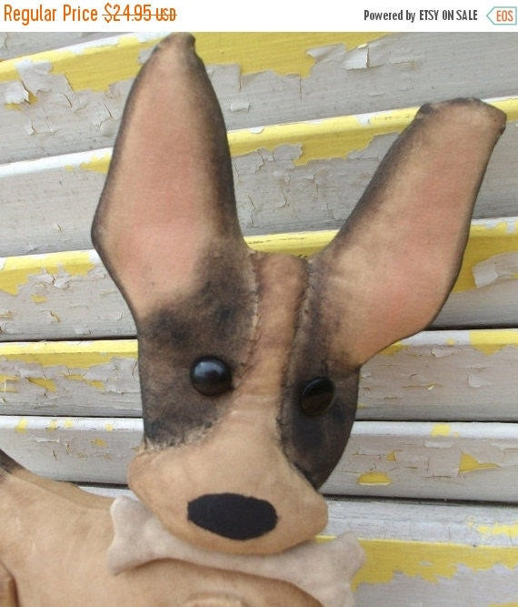 Welcome Spring Sale Primitive Chihuahua Chico