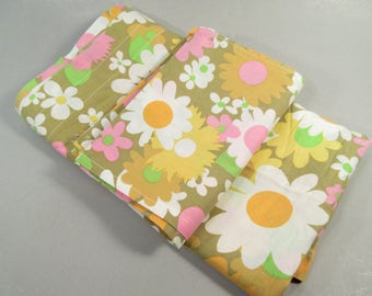 Vintage sheet window curtains, 1960s flower power print curtains and tie backs, cafe curtains, daisy print, rod pocket curtains, home made
