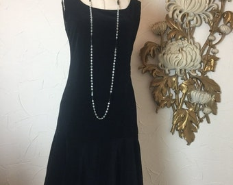 1960s dress flapper dress drop waist dress velveteen dress size medium 1920s style dress black dress size medium 36 bust