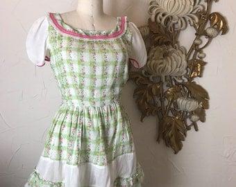 Fall sale Vintage dress 1940s dress plaid dress 40s dress summer dress size medium vintage dress cotton dress