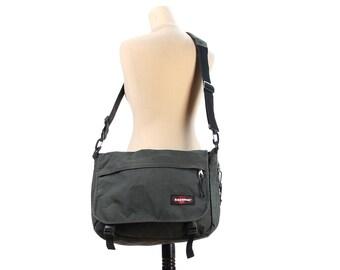 Mens Messenger Bag 90s Thick Canvas Crossbody Shoulder Bag Vintage Boarding Bag Grey Vegan Traveler Medium Size Eastpak Bag
