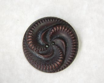 Vintage 1930's Brown Buffed Celluloid Pinwheel Button