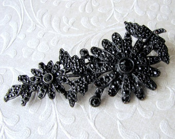 Jet Mourning Brooch Japanned Black Rhinestone Floral Pin Bohemian Chic Noir Wedding Dark Gothic Bride Vintage Costume Jewelry Accessory Prom