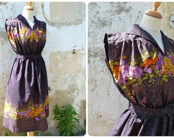 Vintage 1970/70s French  light polyester chiffon Floral printed black dress size S