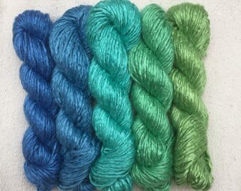 Mini skeins - Blue to Emerald Green transition