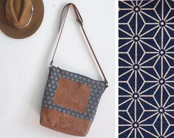 SALE Navy Crossbody, Women's Laptop Bag, Stylish Laptop Bag, Stylish Diaper Bag, Leather Day Bag, Navy Overnight Bag, Travel Bag