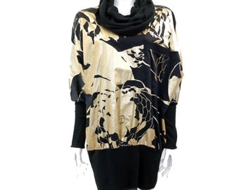 Vintage Shiny GOLD Printed Jersey Tube Batwing Dress//Oversized Sweater Dress// Black and Golden Dress// Size M // 143