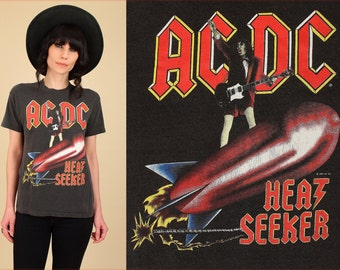 ViNtAgE AC/DC T-Shirt 80's Heat Seeker 1985 Blow Up Your Video Tour Black Tee // Concert Tshirt Rock and Roll Medium M