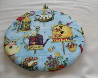 Quilted Pot Holders, Potholders, Birdhouses, Teapots Hot Pads, Trivet Round, Cotton Fabric, 9 Inches Gift, Double Insulated, Cooking Utensil