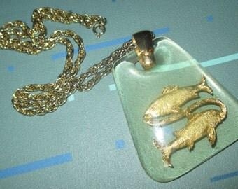 Vintage MOD Clear Lucite Pisces Zodiac Pendant Necklace