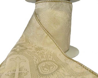 """3 Rolls Of Pale Blush Pink & Gold Intricate Medieval Cross Pattern  Wired Ribbon  4"""" Wide"""