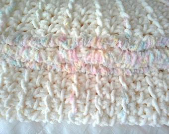Chunky crocheted baby blanket, cream baby blanket,  crochet baby throw, car seat blanket