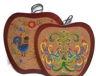 Vintage Folk Art Boho Cork and Wood Trivets Birds