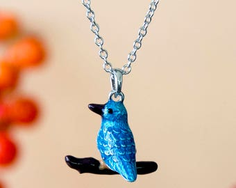 Necklace with enamelled Kingfisher pendant