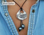 Hippie Fashion Jewelry, Hippie Necklace, Hippie Chic Style, Hippie Jewelry Leather Necklace, Leather and Pearl Necklace, Peacock Feather
