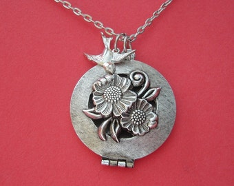 Ox Silver Round Locket with Flowers and Bird Bride Bridesmaid Mother Sister Daughter Wife Anniversary Friend  Photo Picture.