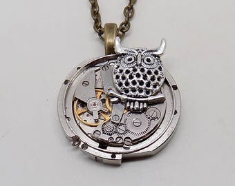 Steapunk jewelry. Steampunk  watch necklace pendant.