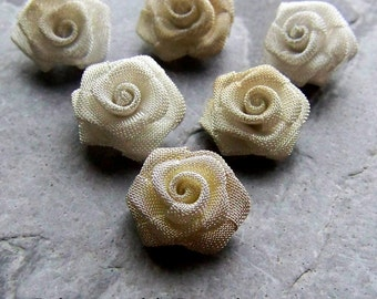 Metal Mesh, Metal Flower, Small Mesh Roses, Rose Cabochon, White Rose, Beige Rose, Ombre Rose, Assorted Colors, Vintage Finding, 6 Roses