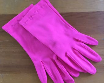 60s Fownes Bright Pink Diamond Wrist Gloves, Small