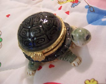 little green turtle trinket box