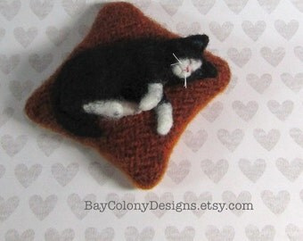 Pincushion with Needle Felted Tuxedo Kitty Cat Sculpture - READY TO SHIP (10616)