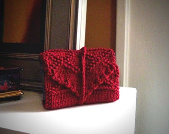 Knit tarot wrap / red tarot holder / tarot card holder / red tarot wrap / tarot case / gothic tarot / tarot deck case / tarot mat