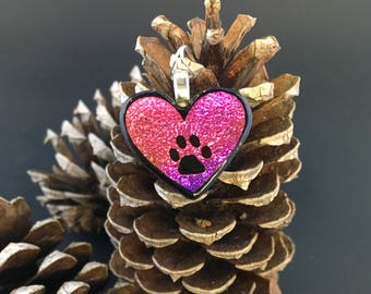 Hot pink heart paw print pendant