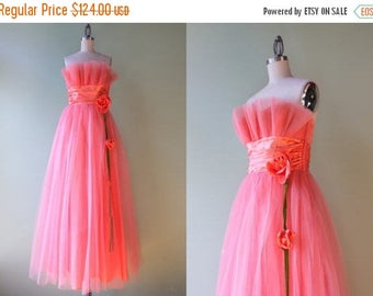 STOREWIDE SALE 1950s Dress / Vintage 50s Tulle Party Dress / 1950s Strapless Tulle Floral Satin Formal Dress small S