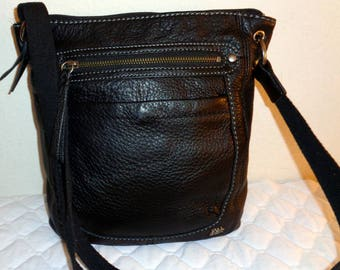 The Sak buttery  soft   leather SMALL cross body bag ,hipster bag,  messenger bag, vintage 90s pristine condition