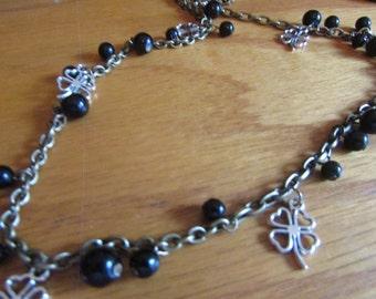 4 leaf clover charm necklace