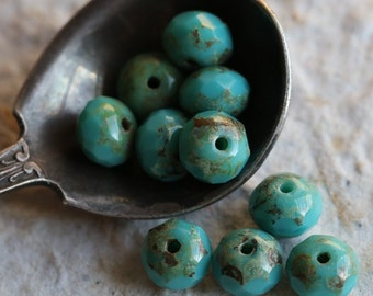 TURQUOISE SMACKS No. 2 .. 10 Picasso Czech Glass Rondelle Beads 7x5mm (5542-10)