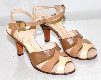 Vintage 1940s Peep Toe Sandals | Pennant | Size 4