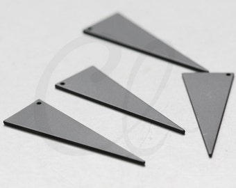 2 Pieces Matte Black Plated Brass Base Triangle Charm - Geometry - 40x13.8mm (3088C-R-405)